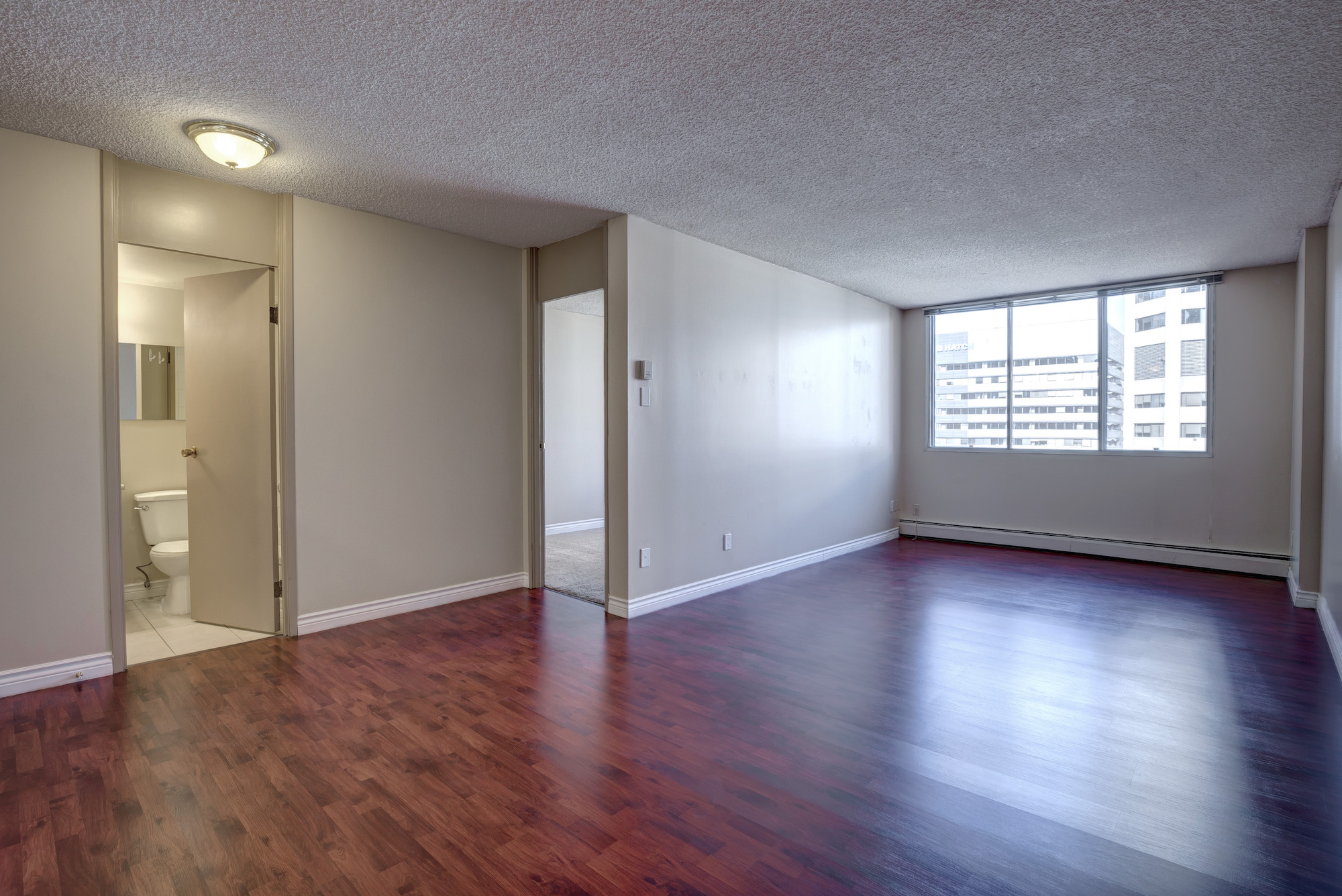 Downtown calgary apartments parking downtown calgary for Appartamenti bellissimi